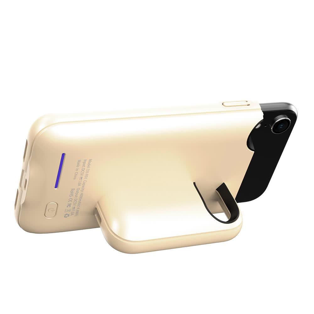 Чехол аккумулятор на iPhone Xr 4000 mAh gold